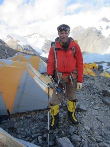 Kay climbing Mount Everest in 2013 (photo courtesy Robert Kay)