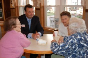 Bryan Slone talks to residents of Omaha's Sunridge Village retirement community. (Photo by Fred Knapp, NET News)