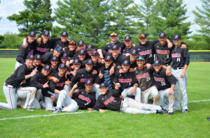 The UNO baseball team celebrates after clinching Summit League regular season title. (Photo Courtesy UNO Athletics)