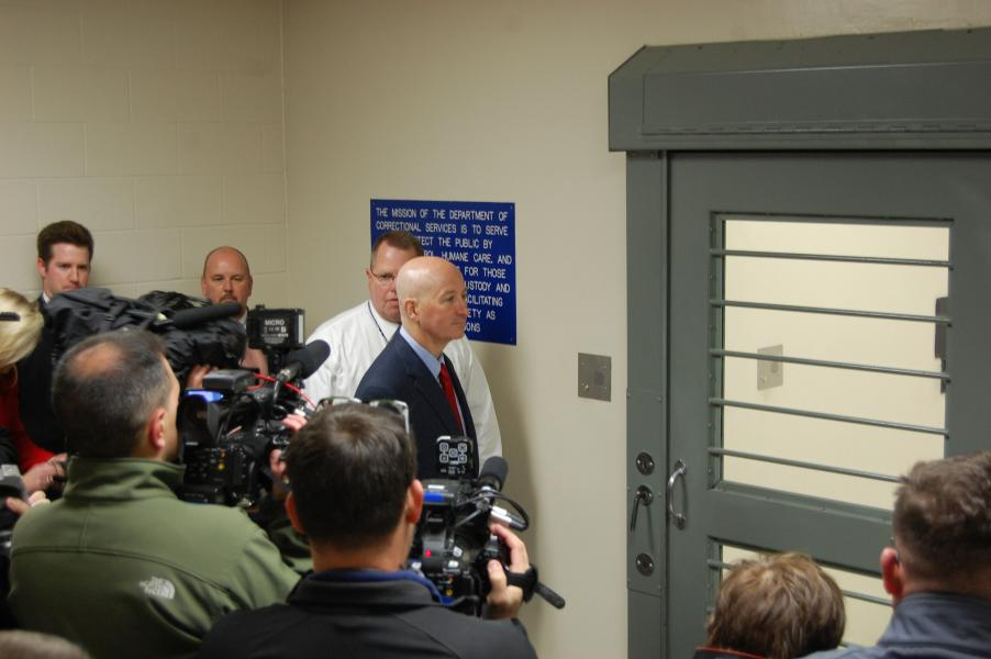 Gov. Pete Ricketts prepares to tour Tecumseh State Correctional Institution (Photo by Fred Knapp, NET News)