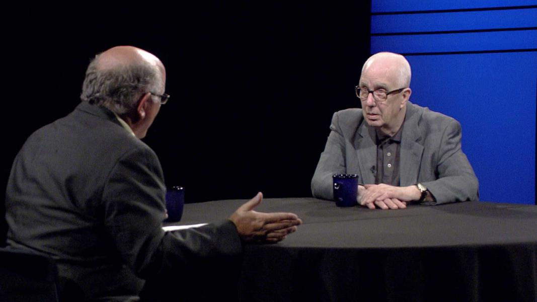 Judge Richard Kopf speaks with Bill Kelly. (Photo: NET News)