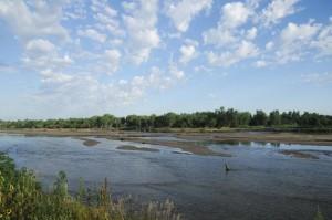 High water scoured sandbars on the Platte River near Plum Creek.(Photo by Michael Forsberg, Platte Basin Timelapse)