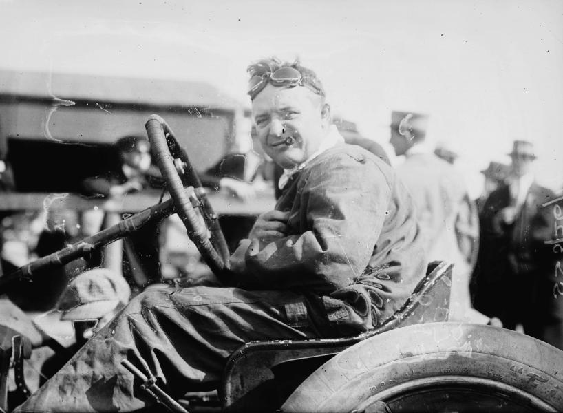 Auto racer Barney Oldfield challenged an airplane at the 1915 Nebraska State Fair. (Library of Congress photo)