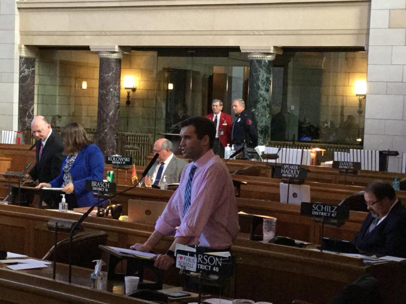 Sen. Tyson Larson speaks on allowing 18-year-olds to hold office (Photo by Fred Knapp, NET News)