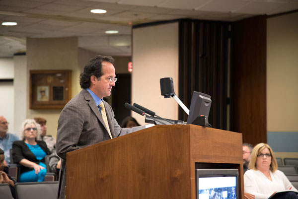 Larry Jobeun presents plans for Mayberry Place to the Omaha City Council. (Photo by Ryan Robertson, KVNO News)
