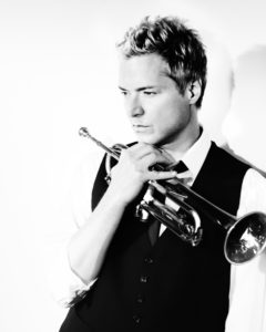 Grammy award-winning artist, Chris Botti ( Fabrizio Ferri)