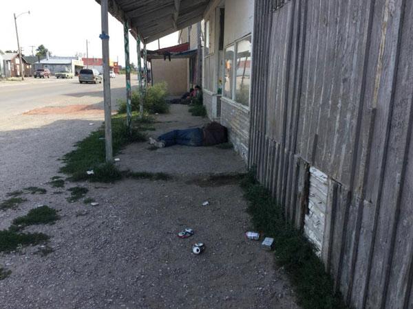 Street scene in Whiteclay, Nebraska (Photo by Fred Knapp, NET News)