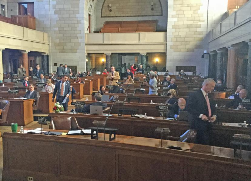 Nebraska lawmakers debate Friday (Photo by Fred Knapp, NET News)
